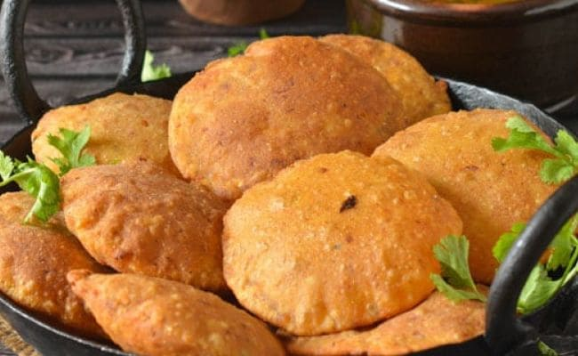 7 Best Puri Recipes | Easy Poori Recipes To Try At Home