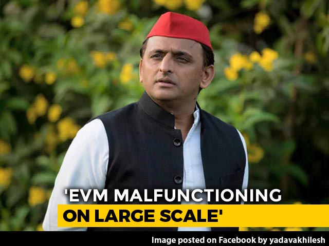 "Video : ""Digital India"": Akhilesh Yadav's Dig At PM Over Voting Machine Glitch"