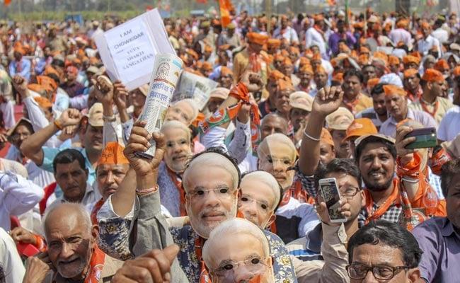 लोकसभा चुनाव 2019 का प्रचार अभियान : हैरानी है, अब तक सिर्फ उर्मिला मातोंडकर रहीं 'सुपरहिट'