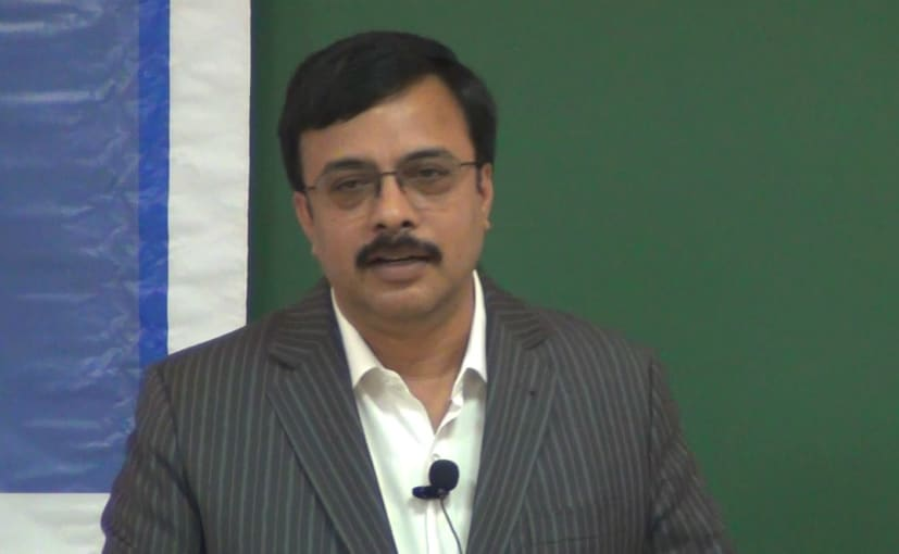 Prior to joining Royal Enfield, Vinod Dasari served as the MD & CEO of Ashok Leyland since 2011