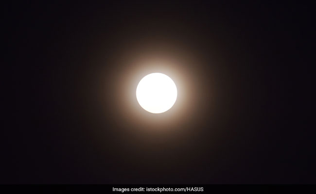 Pink Moon 2019: Pink Moon Timing In India, Story Behind Its Name