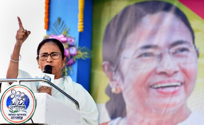 Shiv Sena Slams Mamata Banerjee For Declining Invite For PM Modi's Oath