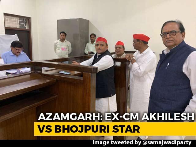 Video : Akhilesh Yadav Joins Azamgarh Battle Amid Discontent Over Encounters