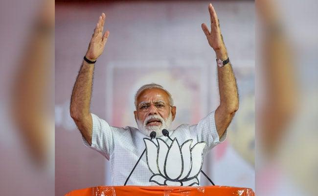 वाराणसी: PM मोदी के खिलाफ पूर्व जज, पूर्व जवान, पुजारी, हमशक्ल और 100 से ज्यादा किसान ठोक रहे हैं ताल