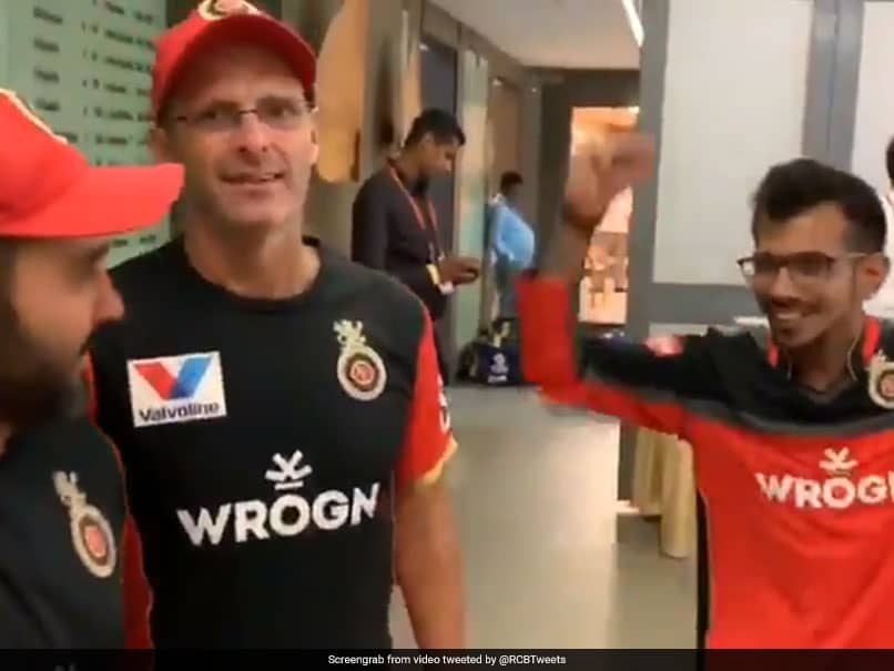 When Yuzvendra Chahal Interrupts Gary Kirsten and Parthiv Patel with these dance moves
