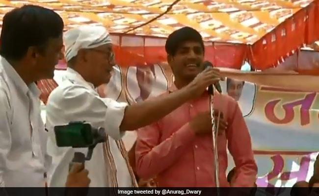 Lok Sabha Polls 2019: BJP Honours Man Who Responded To  Digvijaya Singh's '15-Lakh' Question