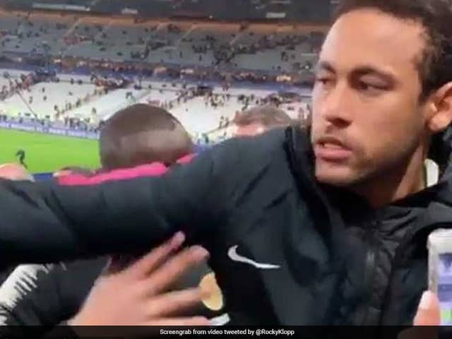 """Watch: Video Emerges Of Neymar Appearing To """"Punch"""" Fan After PSGs Shock French Cup Loss"""