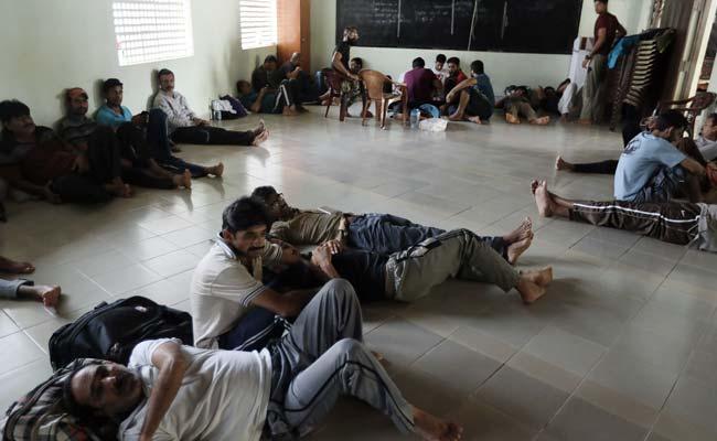 Communal Tensions In Sri Lanka After Blasts, Muslim Refugees Flee