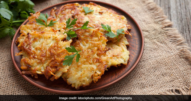 Navratri Fasting? You Have To Try This Yummy Navratri Special Aloo Cheela Recipe (Video Inside)