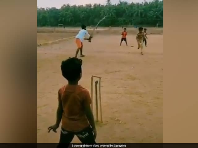 Mankading Solved; New Technique Of Running Between Wickets. Watch Video