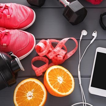 What's In Your Gym Bag? Don't Forget These 6 Essentials When You Workout