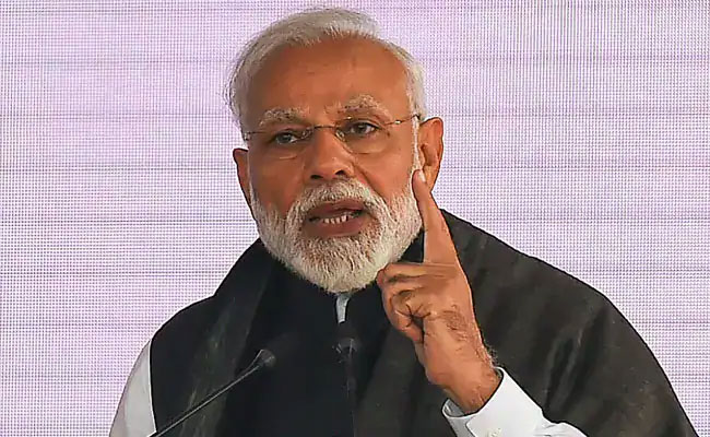 General Elections 2019: PM Modi Defends Fielding Pragya Thakur, Says It Will 'Cost Congress Dearly'
