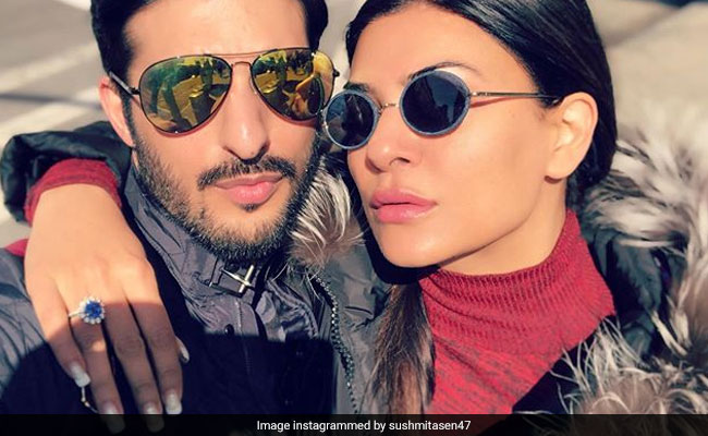 In Sushmita Sen's Post Featuring Rohman Shawl, The Internet Spotted An 'Engagement Ring'