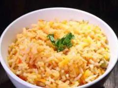 Rice recipes: भूख लगने पर बस कुछ मिनटों में चावल से बनाएं यह लाजवाब रेसिपीज़, देखें वीडियो