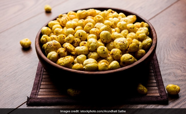 Navratri 2019 Special: Delicious Vegetarian Snacks For Tea-Time Hogging