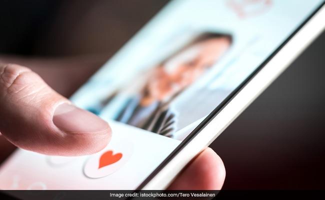 Online Dating करना चाहता था 65 वर्षीय बुजुर्ग, महिला ने ऐसे लगाया 46 लाख रुपये का चूना