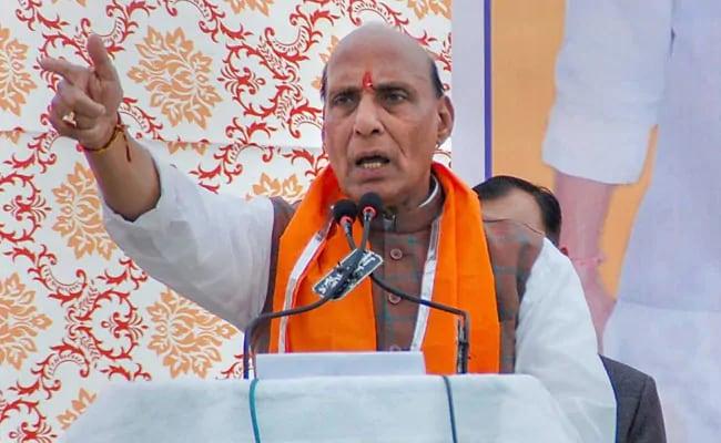 झारखंड : राजनाथ सिंह का कांग्रेस पर तंज, बहादुर लाशें नहीं गिनते; यह काम गिद्धों का