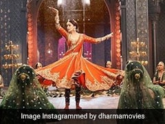 <i>Kalank</i> Song <i>Tabah Ho Gaye</i>: Madhuri Dixit Talks About Teaming Up With Saroj Khan