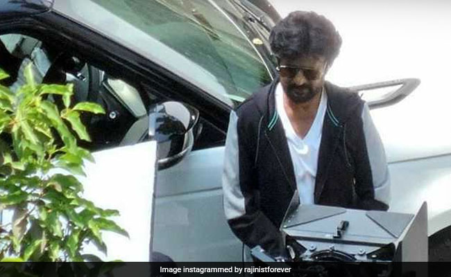 Seen These Viral Pics Of Rajinikanth From The Sets Of Darbar?