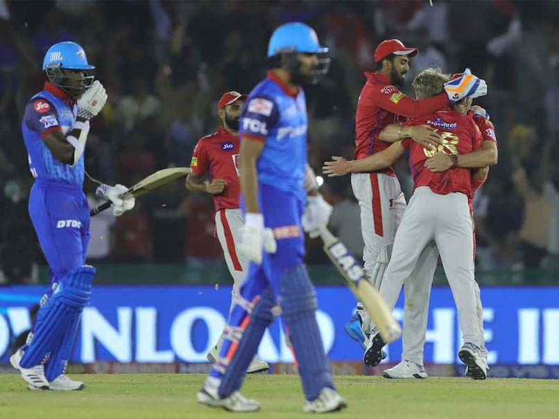 IPL 2019: Former England Captain Savagely Trolls Delhi Capitals After Shocking Collapse vs KXIP
