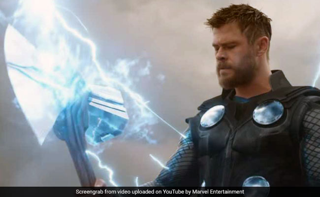 Teacher Threatens to Fail Half of Class if Someone SPOILS Avengers Endgame