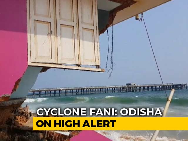 "Video : Cyclone Fani Now ""Extremely Severe"", Says Navy; Odisha On High Alert"