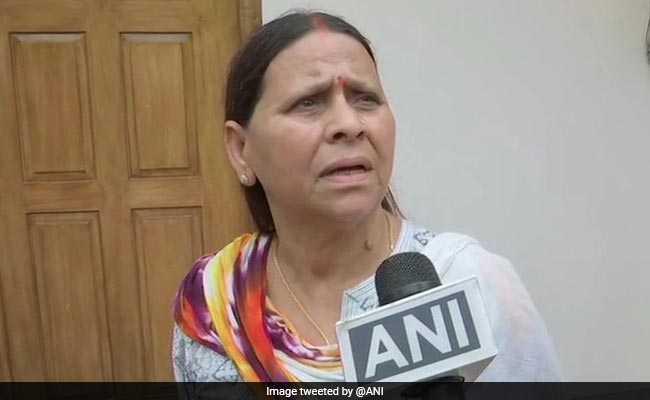 राबड़ी देवी का बड़ा दावा: नीतीश महागठबंधन में वापस आकर 2020 में तेजस्वी को CM और खुद को PM बनवाना चाहते थे