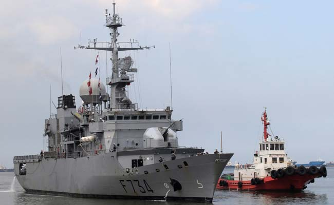 In Rare Move French Warship Passes Through Taiwan Strait Report