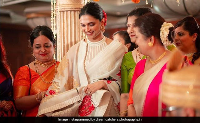 Viral: Deepika Padukone, Ranveer Singh Sprinkle Star Dust At Cousin's Wedding