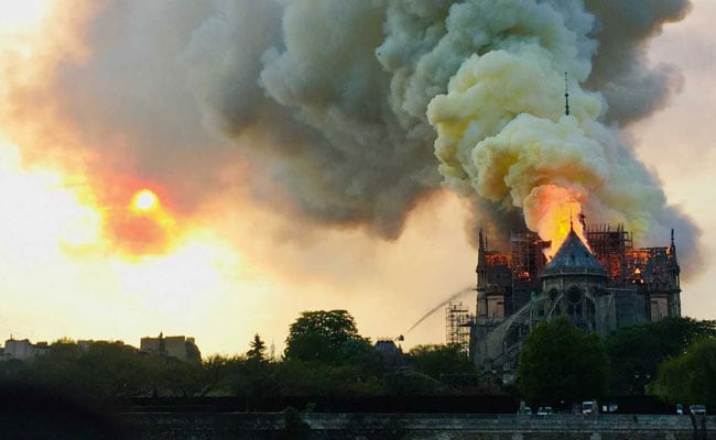 Here's How NYPD Was Trolled For Tweeting On Notre Dame Fire