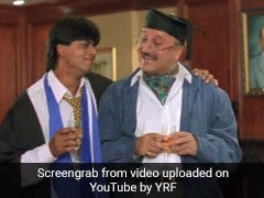 Shah Rukh Khan And Anupam Kher's Just-Like-That Chat Proves They're Still Raj And Pops From <I>DDLJ</i>