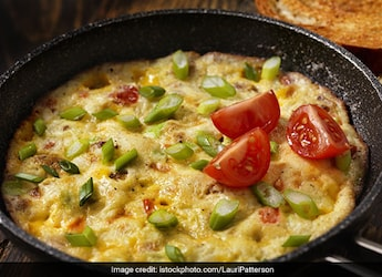 Muttai Kalakki: Make This Tamil-Style Egg Omelette For Your Next Special Breakfast