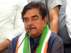 भाजपा छोड़ कांग्रेस में शामिल हुए शत्रुघ्न सिन्हा, बोले- बीजेपी 'वन मैन शो' और 'टू मैन आर्मी' बनी