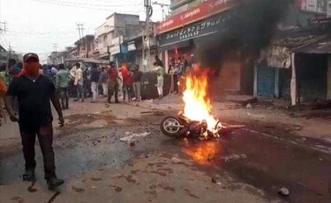 Violence At Bengal's Ram Navami Rally, Cops Targeted, Vehicles Set Ablaze