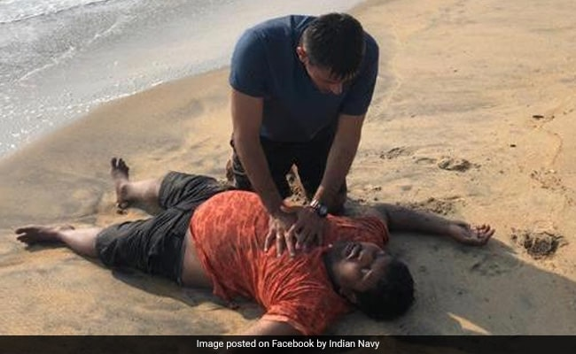 Naval Officer Rescues Man From Drowning In Kerala, Praised For Courage