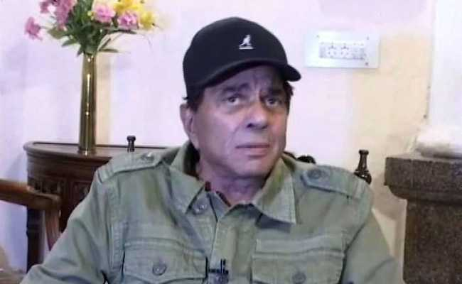 Dharmendra Tweets Congratulations To Son, 'Dharti Puttra' Sunny Deol