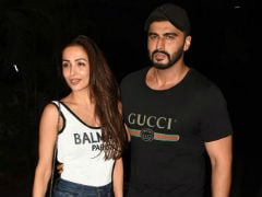 Malaika Arora's Comment On Arjun Kapoor's Post About Smile Therapy Is So Cute
