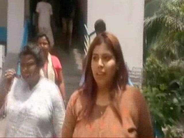 Video : জামিন পেলেন বিজেপি নেত্রী প্রিয়াঙ্কা শর্মা