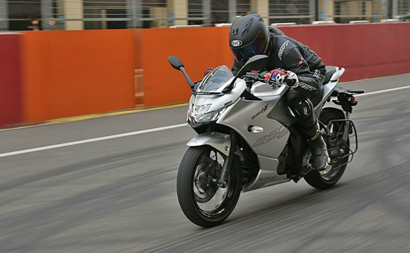 We ride the all-new Suzuki Gixxer SF 250 at the Buddh International Circuit