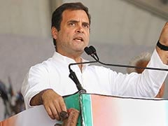 Rahul Gandhi Trails Smriti Irani In Amethi, Big Trouble For Congress