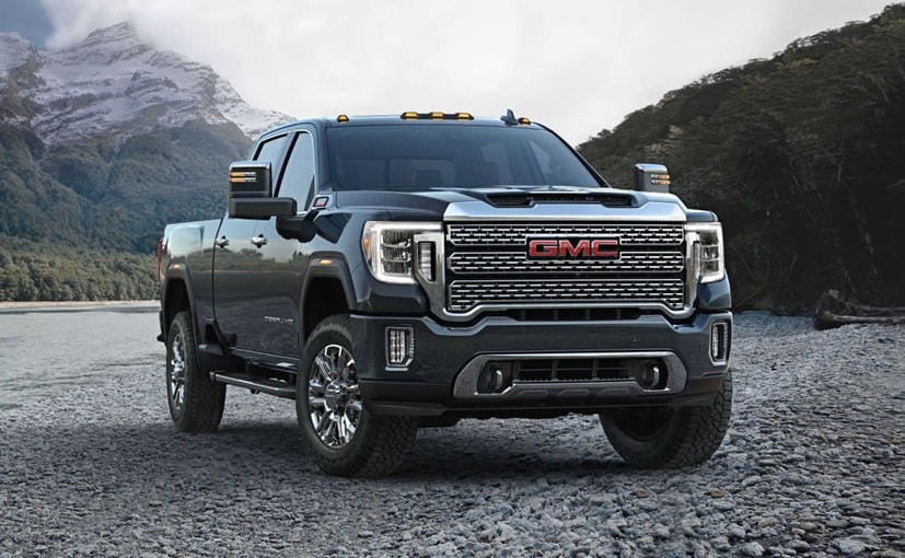The 2020 GMC Sierra large pickup trucks will come with an adaptive cruise control system
