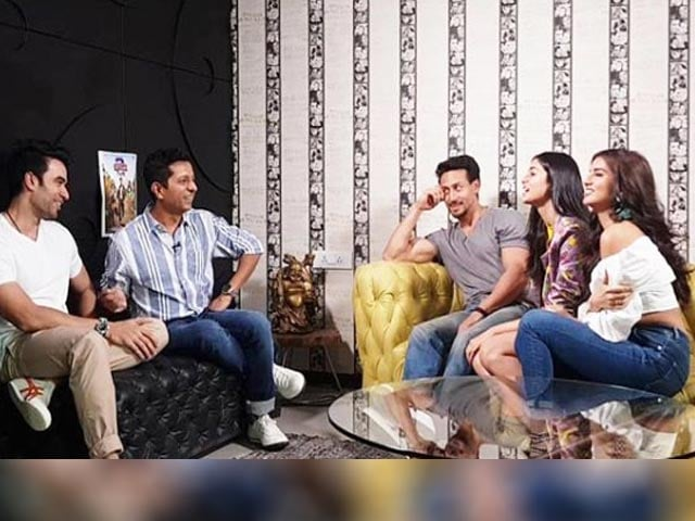 Video : Karan Johar Movie Quiz With Team <i>Student Of The Year 2</i>