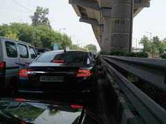 Thousands Affected After Delhi Metro Snag On Gurgaon Route, Jams Reported