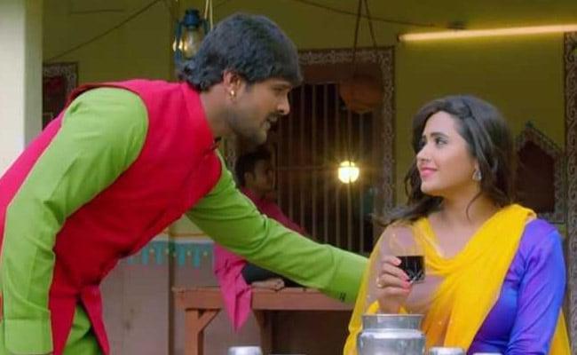 Bhojpuri Cinema: ढाबे पर खाना खाने पहुंचीं काजल राघवानी का खेसारी लाल यादव ने यूं जीता दिल, वायरल हुआ Video