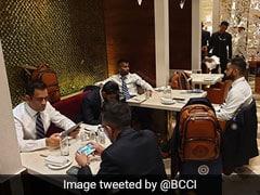 World Cup-2019 के लिए रवाना हुई विराट कोहली ब्रिगेड, देखें खास PHOTOS