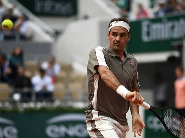 French Open: Roger Federer Sweeps To Victory On Roland Garros Return