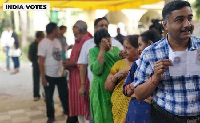 Lok Sabha Election 2019 Phase 6 Voting Updates: छठे चरण में 63 फीसदी से अधिक हुआ मतदान