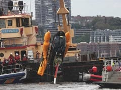Video: Helicopter Spirals Down Into Hudson River, 2 Injured