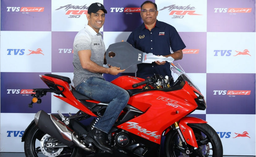 Cricketer MS Dhoni Brings Home The 2019 TVS Apache RR 310