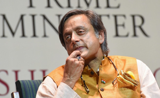 Shashi Tharoor Backs 'Persecuted' Chidambaram With A Tweet And A Big Word
